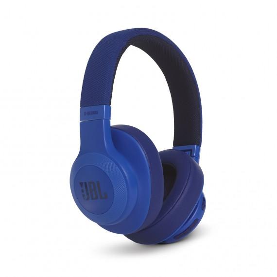 JBL_E55BT_HERO_BLUE_6466_FS_x1-1605x1605px