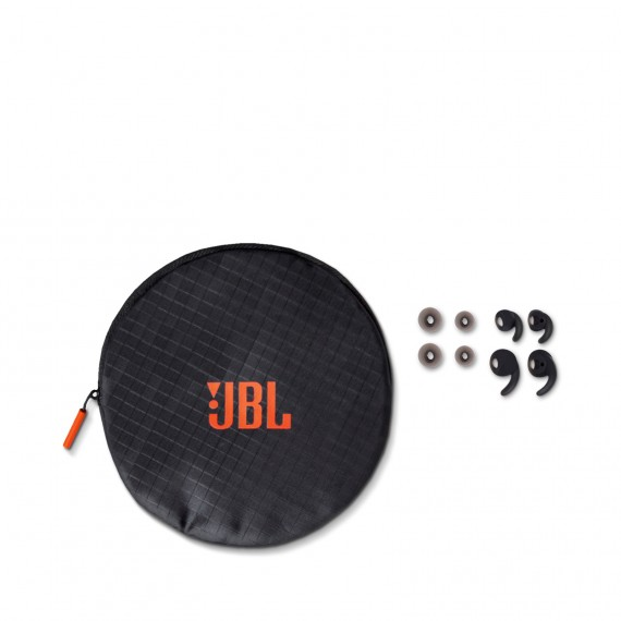 JBL-Reflect-AwareC-Case_001_dvHAMaster